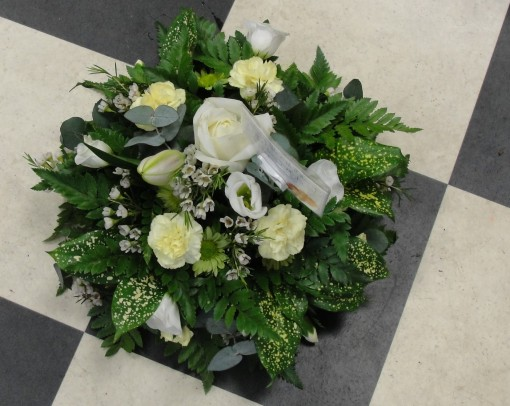White rose posy pad with mixed texture