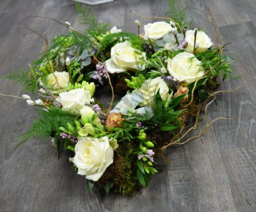 rustic-natural-wreath-with-succulent-plants-6
