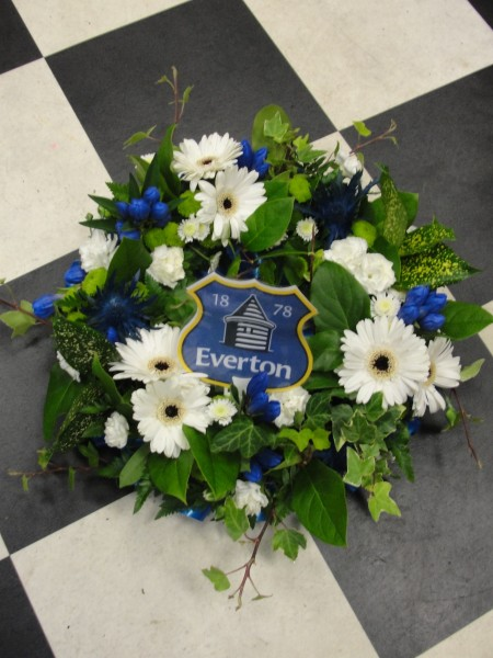 Wreath with everton FC tribute